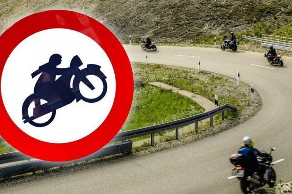 acces interzis moto